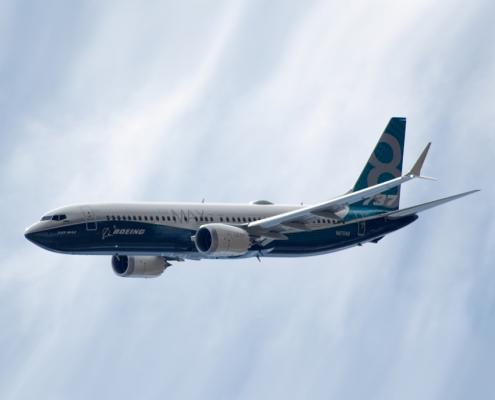 737-8-max